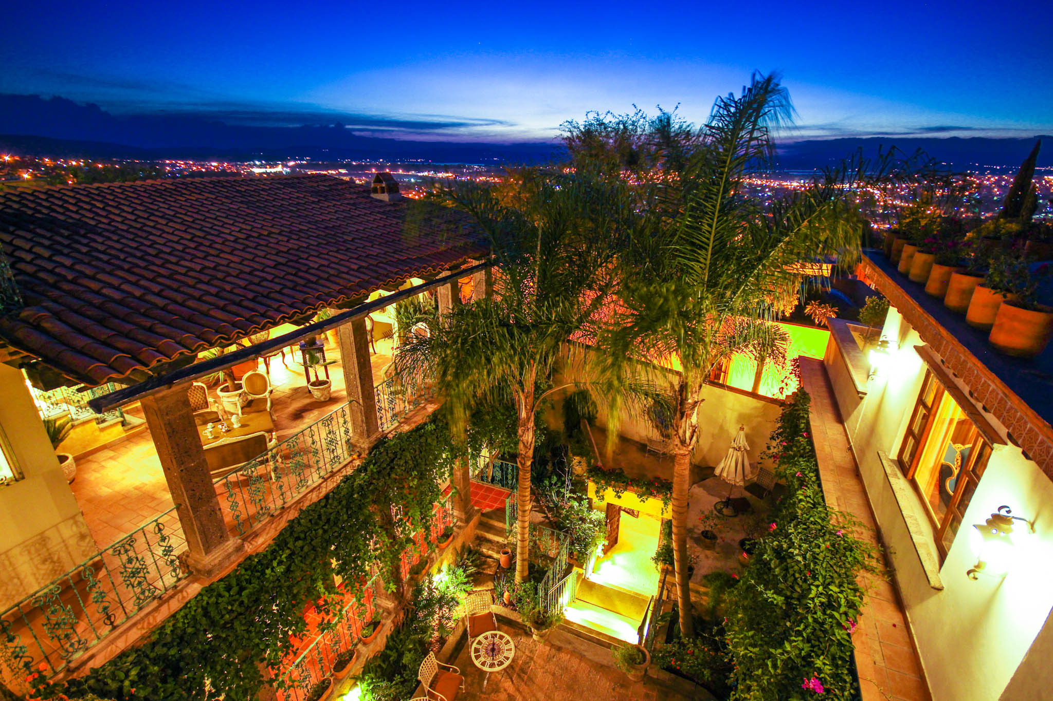 Another alt text